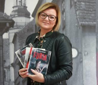Książki Jolanty Bartoś powędrowały do Emilii Szczepaniak [ZDJĘCIA]