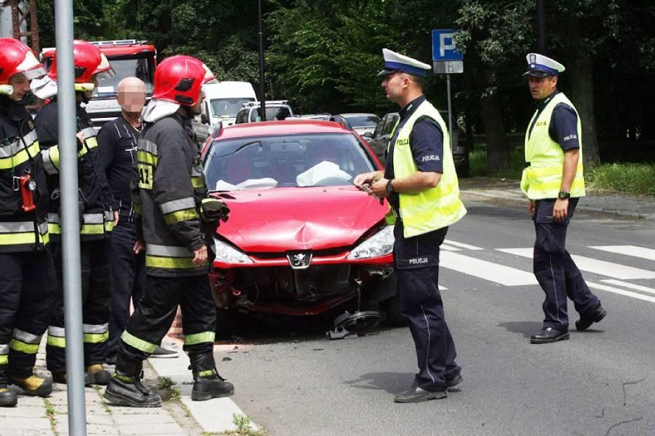 Wypadek na ulicy Mickiewicza w Legnicy
