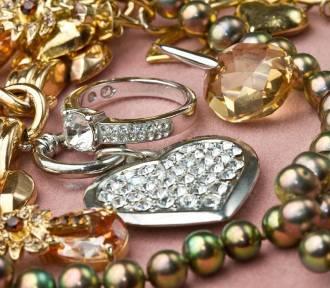 Biżuteria dla niej idealna na prezent. Zestawienie oryginalnych pomysłów