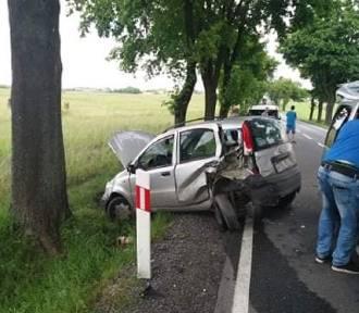 Zderzenie dwóch samochodów w Żuradzie