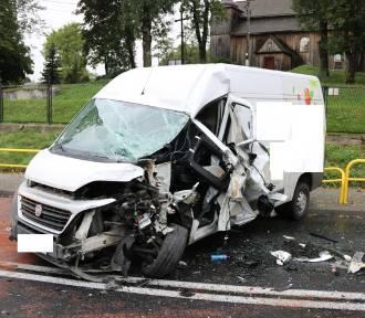 Wypadek na drodze krajowej nr 15. Zobaczcie zdjęcia