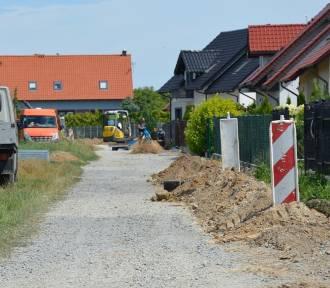 Inwestycje drogowe w Gminie Dobroszyce idą pełną parą