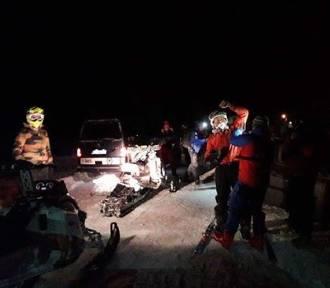 Akcja GOPR w Beskidach. 14 osób utknęło w głębokim śniegu [ZDJĘCIA]