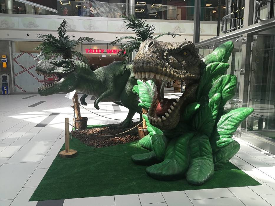 Dinozaury odwiedziły Toruń. Gdzie można je spotkać? Zobacz zdjęcia