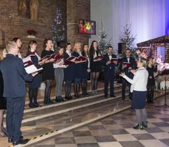 Koncert kolęd w kościele pod wezwaniem Nawiedzenia Najświętszej Marii Panny w Chodzieży (FOTO)