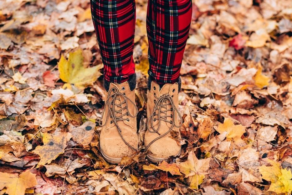 Gdzie najchętniej jeździmy jesienią? Popularne kierunki wyjazdów