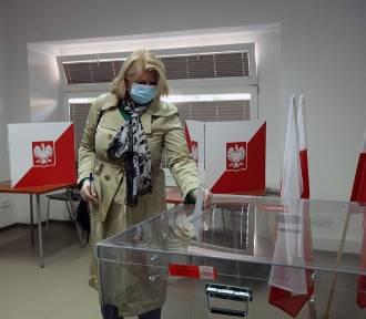Sondaż: Trzech kandydatów zagrożeniem dla Andrzeja Dudy