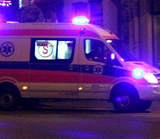Groźny wypadek na krajówce pod Nowym Sączem. Troje młodych ludzi w szpitalu