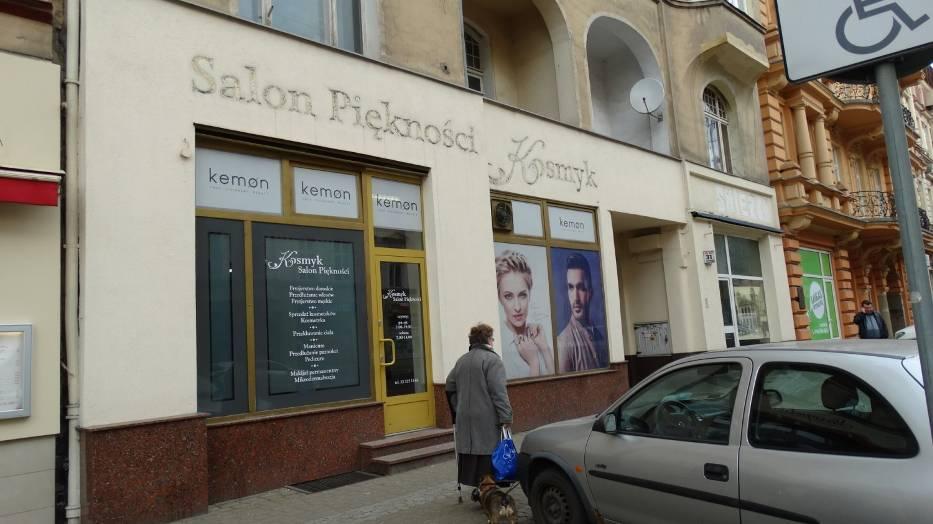W niebyt odchodzi 120 lat tradycji salonu fryzjerskiego