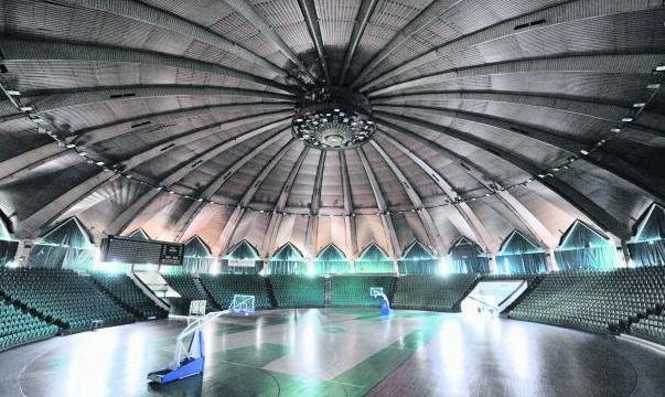 Poznańska Arena  najlepsze lata ma już dawno za sobą, jest też zbyt mała na organizację imprez światowej rangi