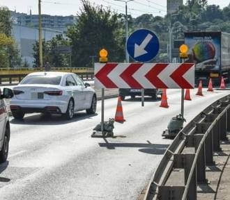 Kierowcy narzekają na korki na moście w Bydgoszczy
