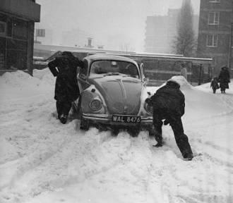 Zima stulecia w Warszawie. Tak było 40 lat temu. Zobaczcie jak wyglądała Warszawa pod śniegiem