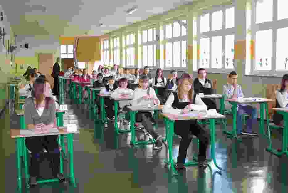 Uczniowie szóstej klasy SP nr 2 w Głogowie