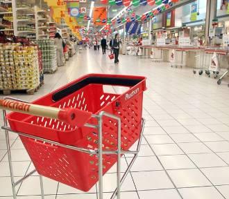 Zakupy w Auchan bez wychodzenia z domu. Towar przywiezie taksówkarz