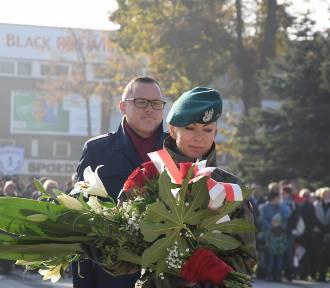 Święto Niepodległości w Sieradzu na Placu Piłsudskiego (ZDJĘCJA)