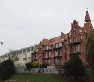 Tak wygląda były szpital przy pl. Jana Pawła II  [ZDJĘCIA]