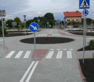 Policja dla bezpieczeństwa. Akcja na terenie miasteczka ruchu drogowego w Jędrzejowie