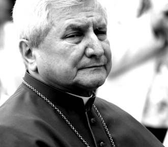 Edward Janiak nie żyje. Były biskup odszedł w wieku 69 lat