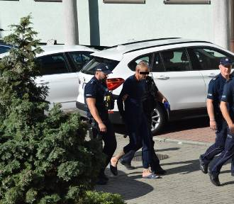 Zabójstwo w Zadowicach pod Kaliszem. Sprawca został tymczasowo aresztowany. ZDJĘCIA