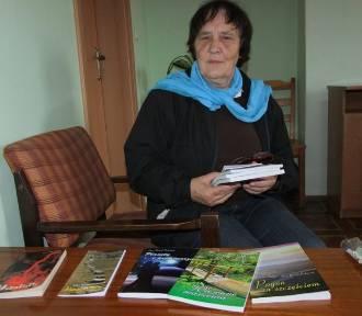 Pierwsze opowiadania lądowały w koszu...Alina Radzik-Piskaczek pisarka z gminy Sulików