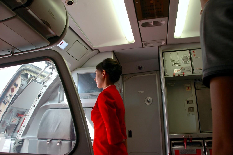 FAKTY I MITY o pracy stewardess