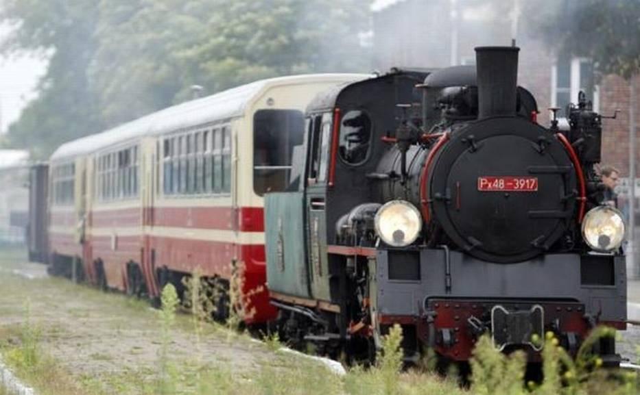 Kolejka waskotorowa wyjeżdża z Piaseczna co niedzielę