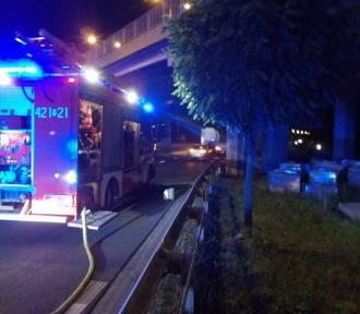 Gniezno: Wypadek motocyklisty pod Mostem Solidarności