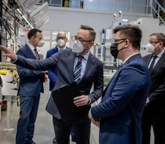 Blisko 1000 nowych miejsc pracy w wałbrzyskiej Faurecii