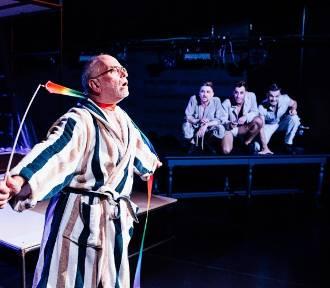 Nie musisz tęsknić za Teatrem Wybrzeże! Cztery spektakle na platformie VOD [GALERIA]