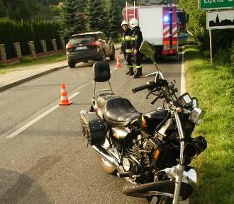 Wypadek z udziałem motocykla, dwie osoby ranne