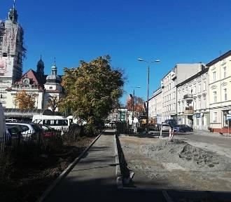 Powstaną miejsca parkingowe przy Placu Piastowskim