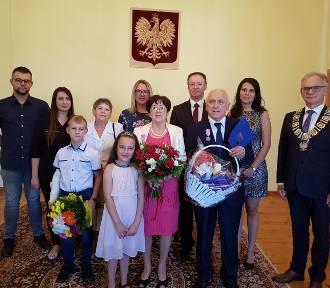 Podwójne Złote Gody w Sulikowie. Życzymy wszystkiego najlepszego! [ZDJĘCIA]