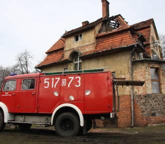 Bukowina Sycowska: Przed świętami stracili dach nad głową