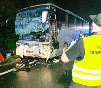 Katastrofa w Kleszczowie. Policja zatrzymała kierowcę. To on miał spowodować tragedię