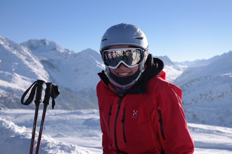 Zimowy urlop w górach dla wielu nieodłącznie wiąże się z szusowaniem na nartach albo snowboardzie