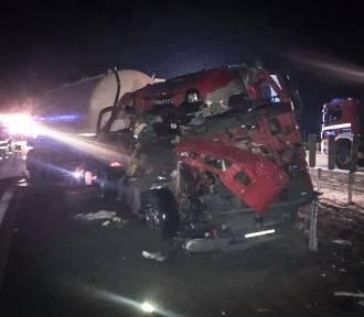 A1: zderzenie ciężarówek na obwodnicy Częstochowy ZDJĘCIA