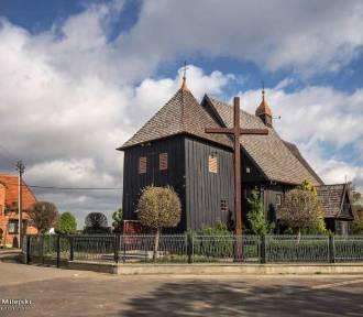 Drewniane kościoły i kapliczki w Wielkopolsce. Zobaczcie zdjęcia!