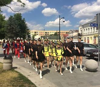 Suwałki. Regionalny przegląd orkiestr Ochotniczych Straży Pożarnych (zdjęcia, video)