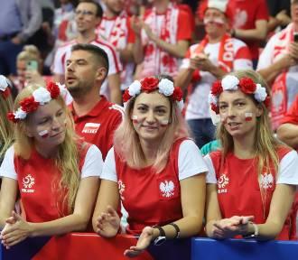 Mecz Polska - Słowenia w Katowicach. Oszałamiający doping w Spodku. ZDJĘCIA KIBICÓW