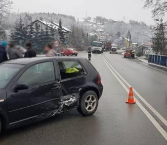 Nowy Sącz. Zderzenie trzech samochodów