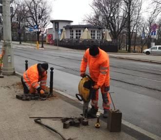 Mniej pieniędzy na remonty dróg i chodników dla rad osiedli