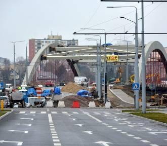 Budowa mostu na ul. Muzycznej. Ma być gotowy w czerwcu (ZDJĘCIA)
