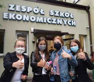 Matura 2020 w Wodzisławiu Śl.: Maski i dezynfekcje na egzaminie dojrzałości