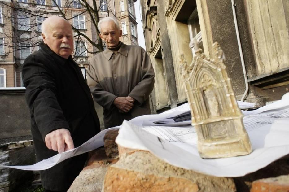 Studzienka hrabiego Raczyńskiego ma wrócić na ulicę Długą