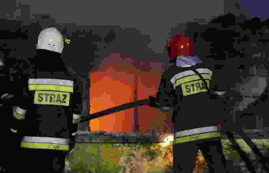 Pożar budynku ośrodka leczenia uzależnień. 9 osób przewiezionych do szpitala