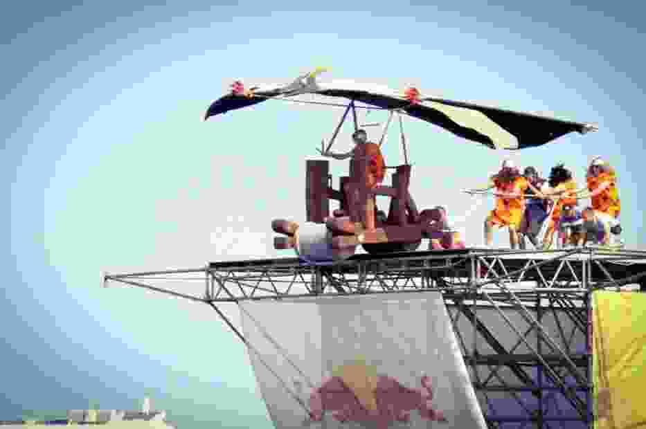 Flinstonowie i Pterodaktyl zwyciężyli w Konkursie Lotów Red Bull