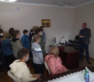 Czempiń. Uczniowie z wizytą w Urzędzie Gminy [FOTO]