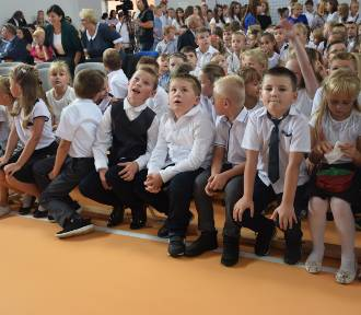 Rozpoczęcie roku szkolnego w Szkole w Głuchowie [ZDJĘCIA]