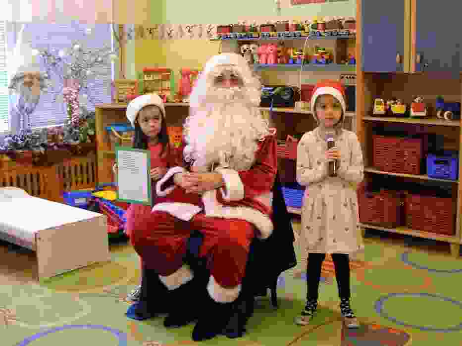 Mikołaj w Przedszkolu nr 4 rozdał dzieciom prezenty