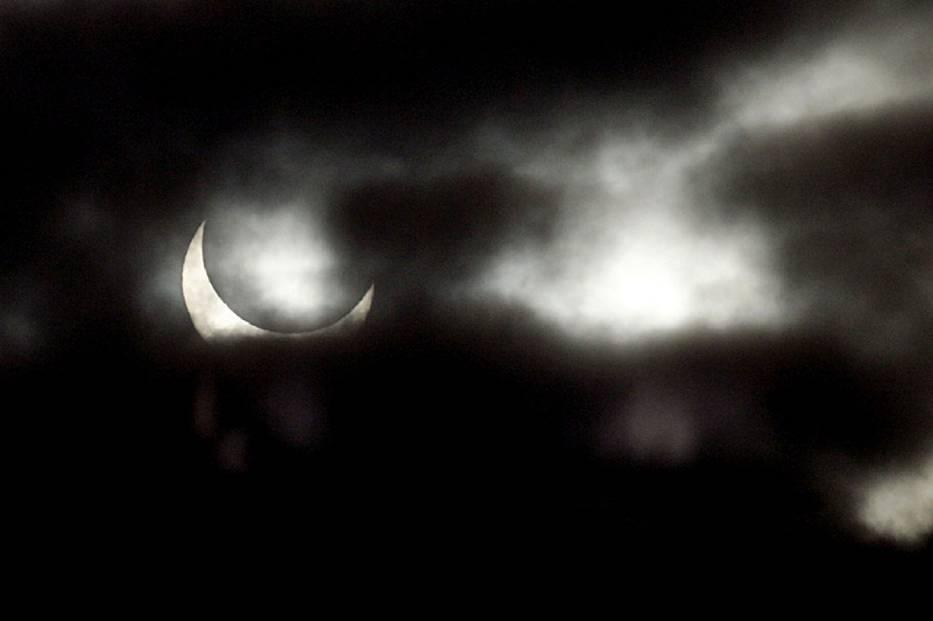 Pierwszą okazję do obserwację nieba będziemy mieli już 20 marca